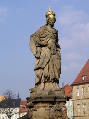 Statue der Kaiserin Kunigunde in Bamberg